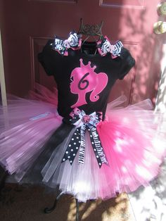 Barbie Girl Tutu Set by Snugabugtutus on Etsy. Will be needing this for Lily's Barbie themed Birthday Barbie Theme Party, Barbie Birthday Party, Birthday Tutu, 6th Birthday Parties, Birthday Ideas, Pink Doll, Little Girl Birthday, Tutus For Girls, Princess Party