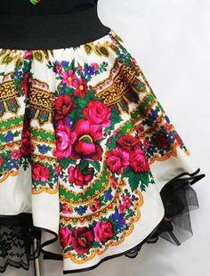 Donatan-Cleo-Folk-Pattern-Slavic-Girl-Mini-Skirt-Sexy-Unique-Poland-Black-Red