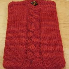 Free pattern, Ipad sleeve and Knitting patterns on Pinterest