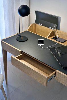 Modern Wood Desk Work space Desk Modern wood Work space Axel Desk - Office Desk - Ideas of Office Desk Modern Wood Desk, Solid Wood Desk, Home Office Setup, Home Office Desks, Study Table Designs, Home Desk, Diy Desk, Desk Redo, Office Interiors