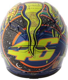 valentino rossi Agv Helmets, Racing Helmets, Motorcycle Helmets, Fighting Gif, Valentino Rossi 46, Vr46, Helmet Design, Sport Bikes, Bikers