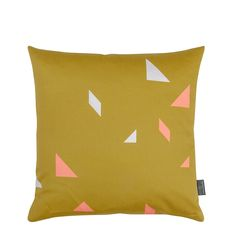 Meine Liebe KISSENHÜLLE SNAP • GOLD • 40x40cm- Found on: www.meineliebeshop.de - Kissen - Pillow - Heimtextilien - Modern - Geometric - Inspiration  Minimal and simple geometric elements.  Scandinavian home.