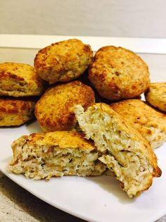 Chiftele la cuptor cu pui și cașcaval Muffin, Breakfast, Recipes, Food, Morning Coffee, Recipies, Essen, Muffins, Meals