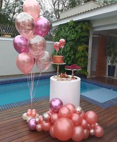 So pretty! Beautiful styling by balloons by Dinner Party Decorations, Birthday Party Decorations Diy, 18th Birthday Party, Balloon Decorations Party, Birthday Dinners, 40th Birthday Themes, Wedding Decoration, Gold Party, Birthday Photos