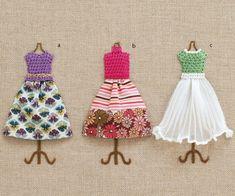 布地との組み合わせがとってもおしゃれ!ワンピースの立体刺しゅうの作り方(刺しゅう) | ぬくもり #刺しゅう #ワンピース #おしゃれ #立体 #可愛い #ビーズ #手作り #作り方 #ハンドメイド #手芸 #NUKUMORE Embroidery Hoop Art, Hand Embroidery Patterns, Embroidery Dress, Beaded Embroidery, Embroidery Stitches, Machine Embroidery, Knitting Patterns, Tiffany Art, Framed Fabric