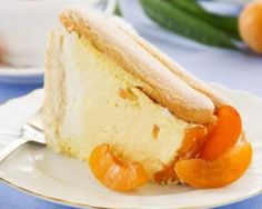 Angel Food Cake With Peach & Ground Cherry Compote & Curried Carrot Cream Desserts Rafraîchissants, Summer Desserts, Just Cakes, Cakes And More, Charlotte Au Fruit, Cherry Compote, Carrot Cream, Refreshing Desserts, Peach Slices