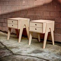 Mesita de noche con cajón de cierre suave hecho de por Woodbeast