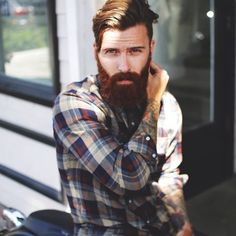I'm such a sucker for flannel and a beard.