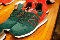 """New Balance store in New York City showcases the New Balance 574′s Custom """"Gradient"""" Pack. The shoes are exclusive to the New Balance NYC store and will be sold in very limited quantities. 150 5th Avenue, New York, NY.  http://vagrantsneaker.com/2012/03/29/available-new-balance-574-custom-gradient-pack/"""
