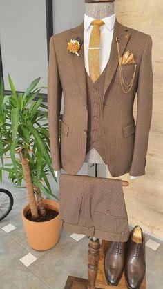 Designer Suits For Men, Formal Suits, Three Piece Suit, Beautiful Outfits, Beautiful Clothes, Suit Vest, Men's Suits, Other Outfits, Black Suits