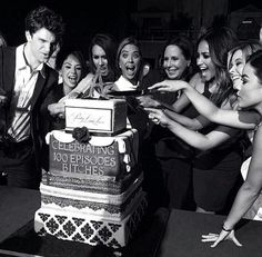 Cast PLL #PLLRedCarpet #PLL100thEpisodeParty  pretty little Liars