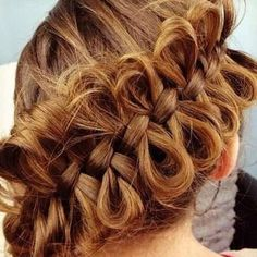Bow braid...I need to learn! Haha looks kinda cute but kinda weird also