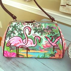 Isabella Fiore beaded flamingo handbag Gorgeous beaded flamingo frame bag by Isabella Fiore. This bag is in pristine condition both inside and outside! Fun little summer bag! Isabella Fiore Bags Shoulder Bags
