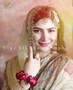 Indian Jewelry Sets, Photo Poses, Mehndi, Girl Photos, Aurora Sleeping Beauty, Celebrities, Pretty, Wedding, Pakistani