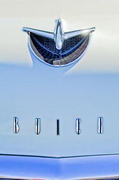 40 x 1956 Buick Special Hood Ornament Print By Jill Reger Car Badges, Car Logos, Retro Cars, Vintage Cars, Car Symbols, 1956 Buick, Car Bonnet, Car Hood Ornaments, Buick Cars