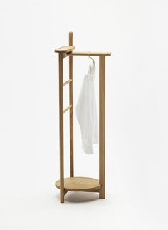 LAUREL - Designer Clothes racks from Zilio Aldo & C ✓ all information ✓ high-resolution images ✓ CADs ✓ catalogues ✓ contact information ✓. Space Saving Furniture, Furniture Making, Bedroom Furniture, Home Furniture, Furniture Design, Plywood Projects, Small Wood Projects, Hanger Stand, Hanger Rack