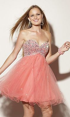 Wish I had somewhere to wear this!  I'm such a little girl with dresses