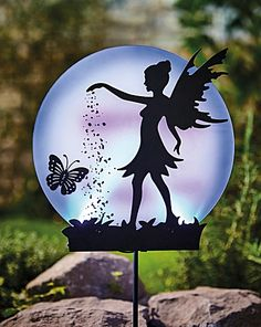 Elfen Fantasy, Fairy Tree Houses, Fairy Silhouette, Art Drawings Sketches Simple, Fairy Jars, Fairy Crafts, Metal Garden Art, Country Paintings, Bottle Painting