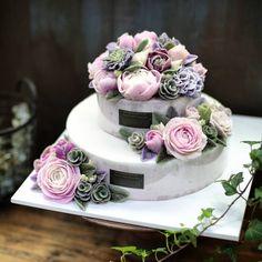 @ricetree.cake  @ricetree_cake ........ 화려하고 풍성한 라이스트리 2단케이크  수강 및 주문 문의는 네이버에서 '#라이스트리'를 검색 또는 상단의 블로그 링크 클릭해주세요  문자는 010-7710-9283  E-mail  ryuinsoo78@naver.com  ....... #faircake #flowercake #cakeclass #caketable #cakecourse #ricetree #cake #rose #앙금플라워케이크 #앙금플라워 #앙금플라워클래스 #앙금플라워떡케익 #생일 #돌 #백일 #결혼 #환갑  #ケーキ #韓式唧花蛋糕課程 #花蛋糕  #cakedecorating #cakestagram  #여친 #백일 #환갑  #cake #cakeclass #butter #buttercake #buttercreamclass #가족 #파티 #엄마생신