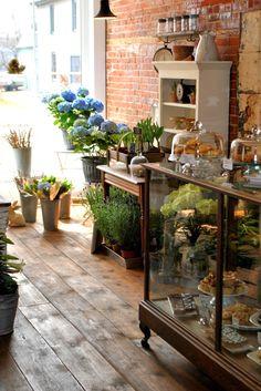 The Florist Shop - Bremfield's Floral Market, Cafe and Bakery Schönheitssalon Design, Cafe Design, Store Design, Cafe Coton, Flower Cafe, Flower Shops, Bakery Cafe, Rise Bakery, Cafe Shop