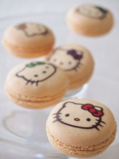 Hello Kitty macarons
