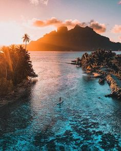 I want to travel a lot, and one of my dream vacations, is Bora Bora. Vacation Places, Dream Vacations, Places To Travel, Places To Visit, Vacation Travel, Beach Travel, Nature Photography, Travel Photography, Photography Aesthetic