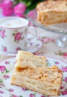 У Иры проходит Яблочно-медовый ФМ . Ну как я могу пройти мимо, если я люблю и яблоки, и мед. Поэтому решила показать свой любимый пирог с яблоками и творогом. Очень…