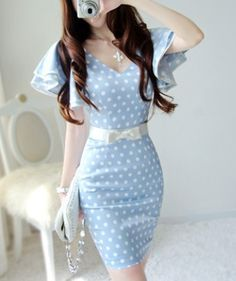 Newest blue background a great wave of lotus leaf sleeve lady dress
