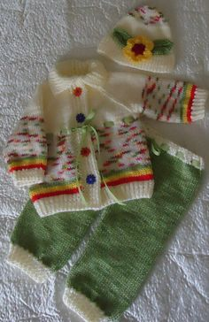 Hand Knitted Baby Set by RenisDesignermodelle on Etsy