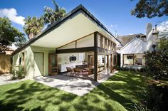 Melocco & Moore is an award-winning architectural practice in Sydney. Australian Architecture, Australian Homes, Residential Architecture, St Moritz, House Extensions, Modern Exterior, House Front, Beach House, Brick