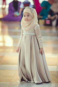 Little hijab style Little Girl Dresses, Flower Girl Dresses, Girls Dresses, Pageant Dresses, Party Dresses, Islamic Fashion, Muslim Fashion, Muslim Girls, Muslim Women