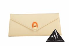 You are Posh Nude Clutch