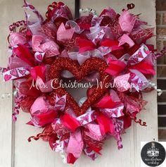 Deco mesh wreath Valentine wreath heart by MrsChristmasWorkshop