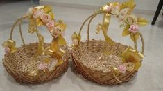 Best Creative Gift Packing Ideas for Weddings: Pack Gifts Like No one Indian Wedding Gifts, Desi Wedding Decor, Wedding Crafts, Diy Wedding Decorations, Bridal Gift Wrapping Ideas, Wedding Gift Baskets, Wedding Gift Boxes, Trousseau Packing, Mehndi Decor