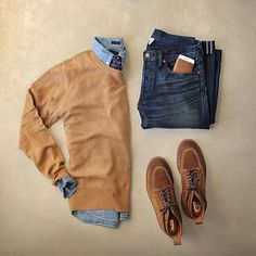 Autumn smart fashion outfit for raining day.