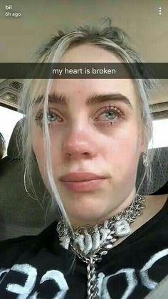 Aww billies reaction to the death of x. Rip x 💛💛 billie eilish Billie Eilish, Quote Girl, Videos Instagram, Queen, Grunge Hair, Me As A Girlfriend, My Idol, Celebs, My Love