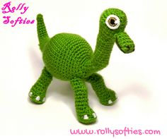 gratis free:[Disney] Arlo amigurumi free pattern Welcome to the prehistory with this Arlo amigurumi! The good dinosaur is a 2015 Disney Pixar movie a beautiful story of a friendship between a little human and a dinosaur.  I loved this movie and when I saw this gorgeous green yarn I thought about making an Arlo amigurumi.