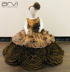 Coffee Brown Color Kid Frock with Free Headband Size 12 to 18 Months Delivery 3 to 5 Days Baby Frocks Designs, Kids Frocks Design, Baby Dress Design, Frock Design, Little Girl Dresses, Flower Girl Dresses, Girls Dresses, Long Frocks For Kids, Kids Lehenga