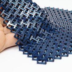 Printable Chainmail - Printable Fabric by Agustin Flowalistik 3d Printer Models, Best 3d Printer, Impression 3d, 3d Printed Fabric, Diy 3d Drucker, Machine 3d, Printable Fabric, 3d Printer Designs, Design Textile