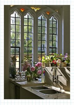 Love the window. I actually think this is an area for flower arrangements etc.