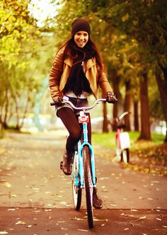 love this fall look. vintage bike: check. Leather jacket: check. Need to find alternative to the short-shorts... skinny inked denim?
