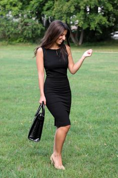 Classy Business Outfits, Classy Outfits, Cute Outfits, Little Black Dress Outfit, Black Dress Outfits, Elegantes Outfit Frau, Lawyer Outfit, Western Dresses, Classy Dress