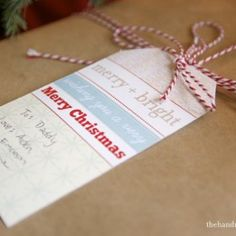freebie of the month club : christmas tags