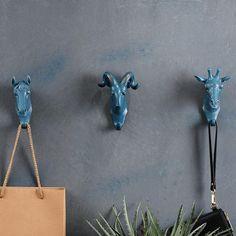 [Visit to Buy] 4PCS/SET Rhino Elephant Giraffe Horse Animal Decorative Hook Creative Resin Model Bathroom Wall Hook Coat Hook Wall Hanging Hook #Advertisement