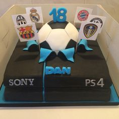 PS4 FIFA party cake