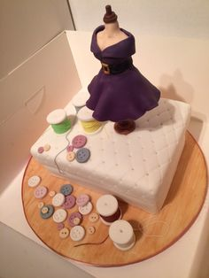 Dressmakers dummy cake