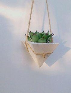 Modern white concrete planter, succulente modern planter, home decor, hanging planter, air planter holder