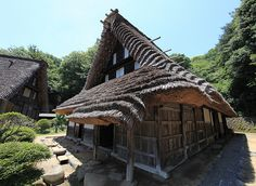 Thatched roof of Japanese traditional style house design / 和風建築(わふうけんちく) Japan Open-Air Folk House Museum, Kawasaki-shi(city) Kanagawa-ken(Prefecture), Japan