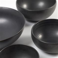 Serax Pure Kom Ø cm Clay Texture, Ceramic Clay, Handmade Pottery, Serving Bowls, Ceramics, Pure Products, Tableware, Desserts, Ceramica
