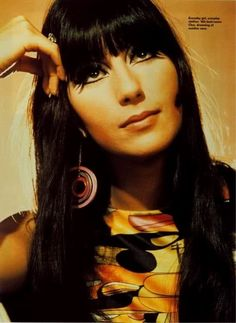 cher cher blunt bangstyle hair blunt bangstyle hair long blunt bangsty B. Bandana Hairstyles, Hairstyles With Bangs, Charlotte Rampling, Medium Hair Styles, Short Hair Styles, Hair Medium, Alexa Chung, Twiggy Hair, Cher Photos